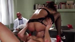 2 fabulous lesbians sucking in colossal hard weiner